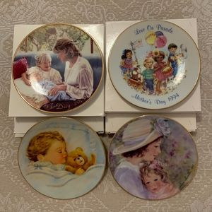 """AVON Collectible Mother's Day Plates (4) 5"""""""